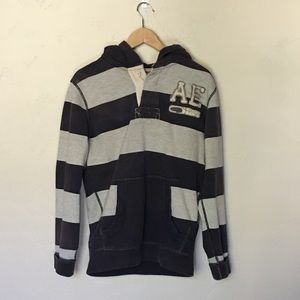 American Eagle Outfitters Jackets & Coats - American Eagle, stripped hoodie